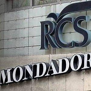 """Antitrust, via libera """"condizionato"""" alla fusione Mondadori Rcs-Libri"""
