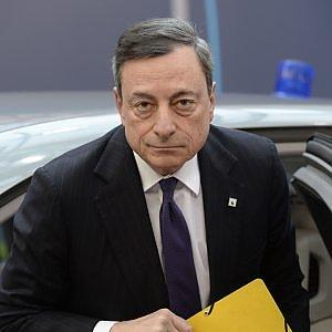 """La Bce spaventa l'Italia: """"L'alto debito è una minaccia in caso di shock finanziario"""""""