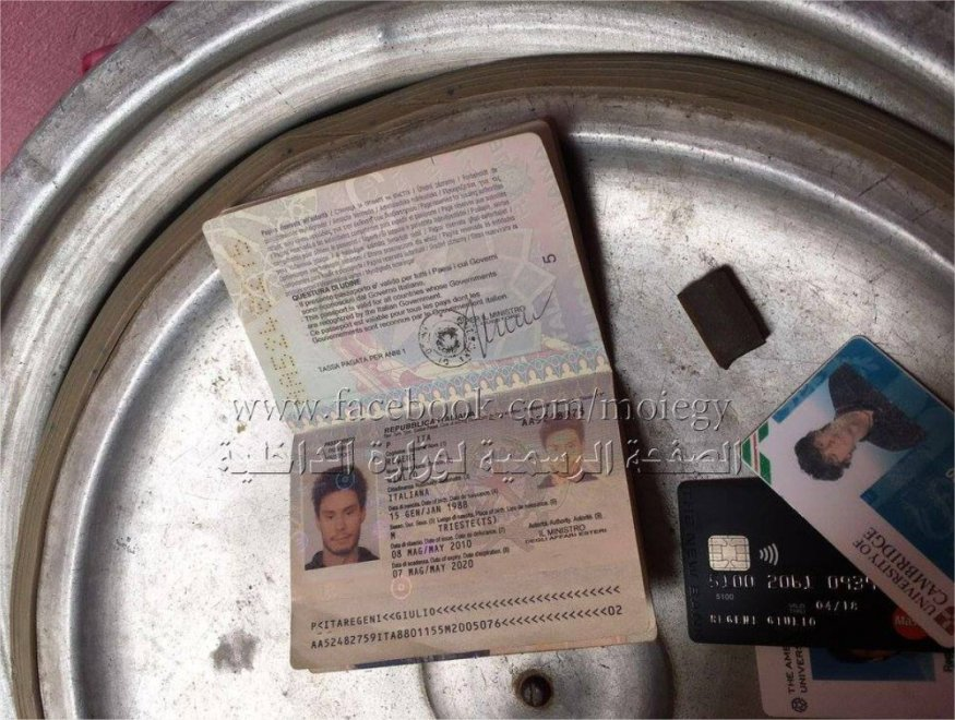 Regeni, i documenti fatti ritrovare dalla polizia egiziana