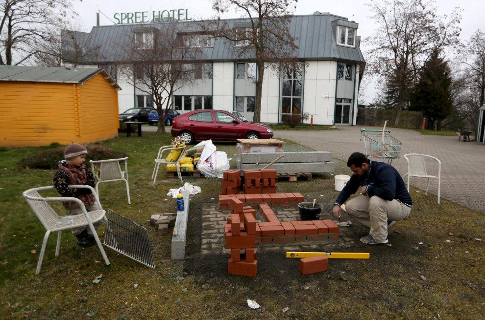 Germania, hotel speranza:  l'ex albergo a quattro stelle apre le porte ai rifugiati