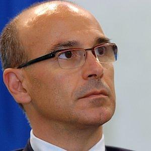 Tiscali chiude ancora in rosso: -18 milioni di euro