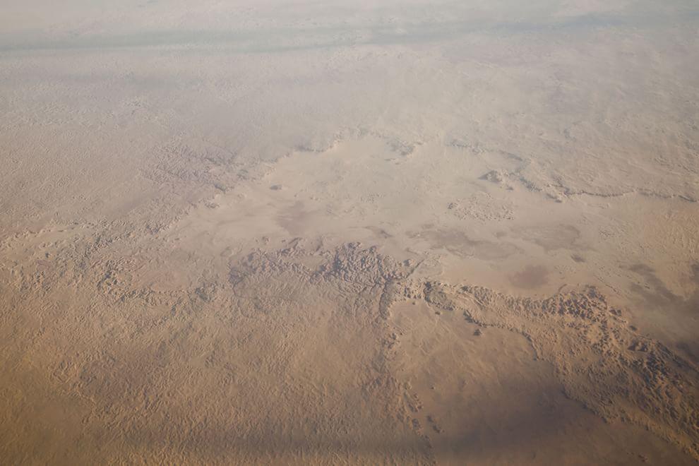 In volo sul deserto dalla Tunisia alla Mauritania: lo spettacolo del Sahara dall'alto