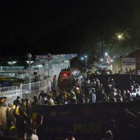Lahore, strage di bambini al parco divertimenti - Le immagini