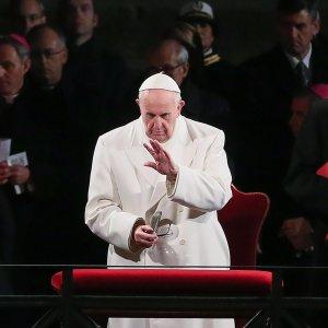 """Pakistan, Papa: """"Pasqua insanguinata da attacco vile e insensato"""""""