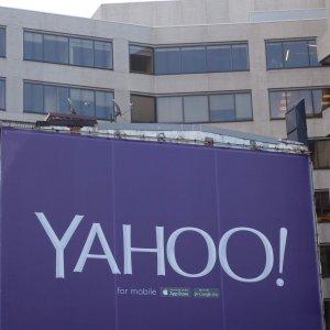 Yahoo! fissa a 11 aprile scadenza per offerte d'acquisto