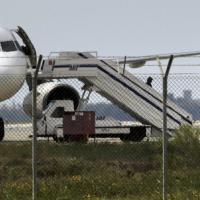 Egypt Air, volo dirottato a Cipro: i passeggeri messi in salvo