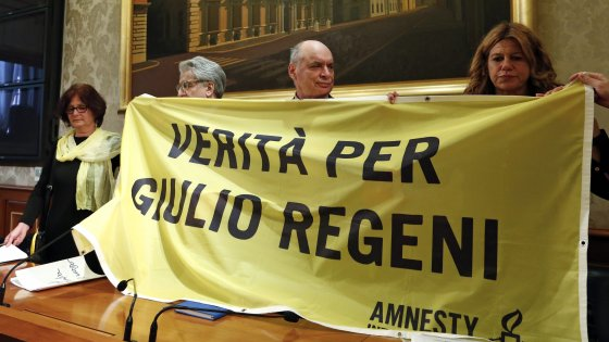 """The parents of Giulio Regeni: """"He was tortured, it is not an isolated case"""""""