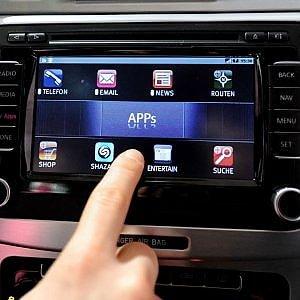 L'auto diventa wifi, via libera dell'AgCom a Vodafone