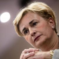 La ministra Guidi si è dimessa per l'intercettazione con il compagno: