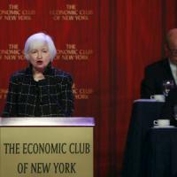 La Fed si conferma colomba, petrolio ancora in recupero
