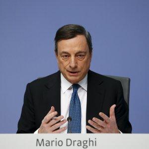 """Bce, le paure di Draghi: """"Temo nuovi shock, a rischio un'intera generazione"""""""