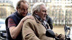 Depardieu e Poelvoorde padre e figlio allevatori, sulle strade del vino e dell'amore