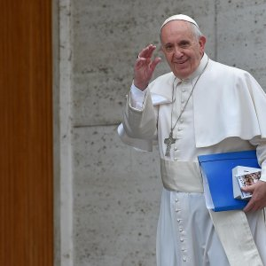 Sinodo, la decisione del Papa: comunione possibile per i divorziati risposati
