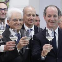 Vino: consumi italiani ai minimi storici, ma l'export vola a oltre 5 miliardi