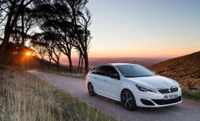 Designed for i-sensation, che show la nuova Peugeot 308