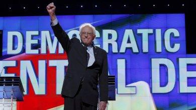 """Sanders porta il suo sogno in Vaticano:  """"Con il Papa per cambiare il mondo"""""""