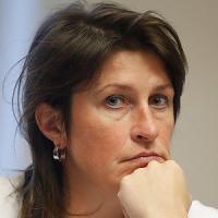 Belgio, ministra dei trasporti si dimette per le falle nella sicurezza