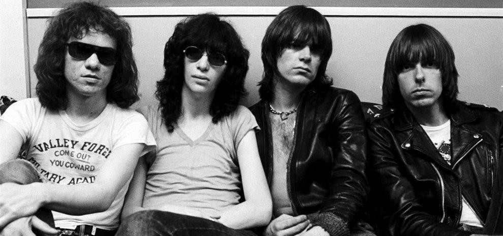 Ramones, quarant'anni del debutto più veloce della storia, pensando a Joey