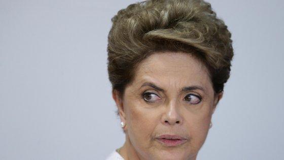Brasile, i deputati dicono sì all'impeachment della presidente Rousseff