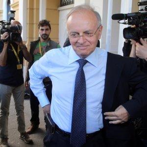"""Davigo replica a Renzi: """"Indagati non colpevoli? Si, ma anche condannati che sono deputati"""""""