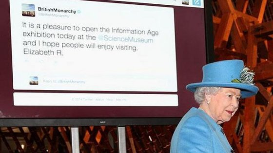 Social media editor regale. Elisabetta offre 50mila sterline per gestire Twitter e Fb