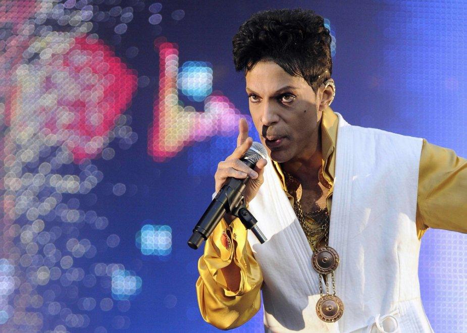 Musica, è morto Prince: aveva 57 anni / Fotostoria