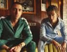 The Last Shadow Puppets, due crooner