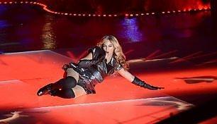 Beyoncé lancia il nuovo album 'Lemonade', ma solo in streaming