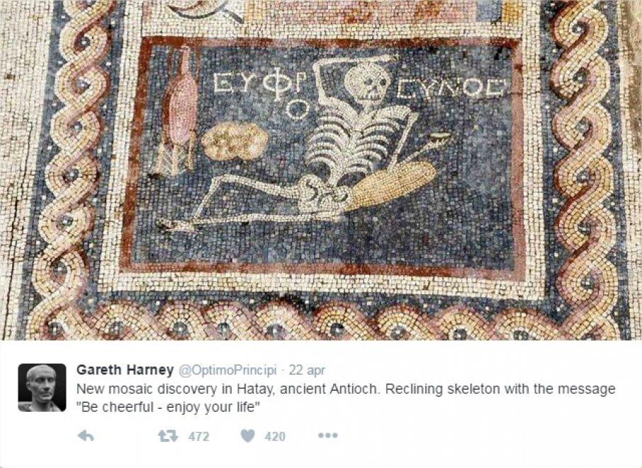 ''Siate allegri, godetevi la vita'', lo dice il mosaico di 2400 anni fa scoperto in Turchia