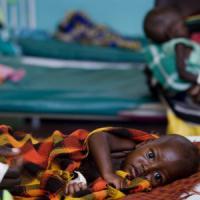 Emergenze: allattamento e nutrizione dei bambini, l'