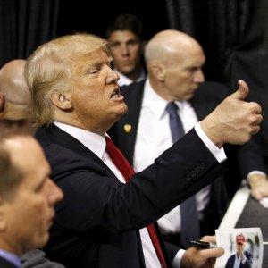 """Super Tuesday, cinque Stati al voto. """"Santa alleanza"""" contro Trump"""
