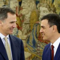 """Spagna, il re Felipe: """"Nessun governo possibile, la Spagna torni al voto"""""""