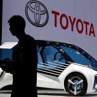 Auto: Toyota torna al primo posto nelle vendite globali