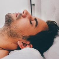 Dormite male? Colpa (anche) dell'inquinamento luminoso