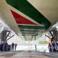 Alitalia: un 2015 in miglioramento, con perdite pesanti ma in discesa a 199 milioni di...