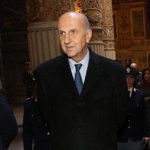 Sicurezza, nomine al Cdm: Pansa al Dis, Parente all'Aisi. Gabrielli diventa capo della Polizia