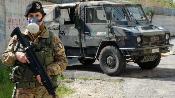 """Terrorismo, operazione """"strade sicure"""": il cdm aumenta il numero dei militari nelle città"""
