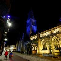 Leicester prepara la festa, la città si colora di blu