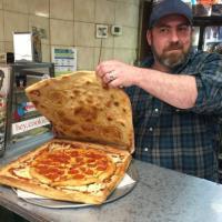 Vinnie's, il king di Brooklyn: il cartone della pizza è di pizza