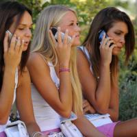 In vigore nuovo taglio del costo del roaming: dal 2017 stop totale