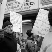 Usa, morto padre Berrigan: in prima fila contro la guerra in Vietnam