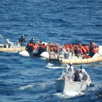 """Migranti, Unhcr: """"Quindici dispersi in un naufragio. Erano diretti in Italia"""""""