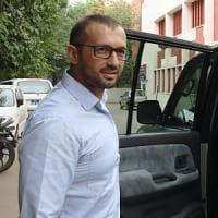 Marò, Girone in Italia durante l'arbitrato. Mattarella: