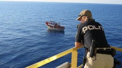 """Migranti, Frontex: """"Identificazioni in mare? Vedremo se sarà possibile"""""""