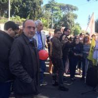 Roma: giornalisti e attivisti protestano davanti alle ambasciate di Iran, Egitto e Turchia