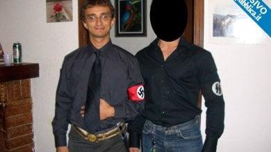 Bologna, foto travestito da nazista bufera sul capogruppo di Forza Italia