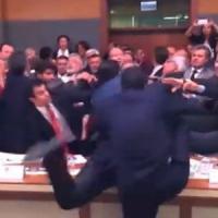 Turchia, abolizione visti Ue: il parlamento vota le ultime tre leggi-requisito