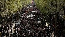 Il Jobs Act francese arriva in Parlamento: tensioni sulle 35 ore   di GIULIANO BALESTRERI