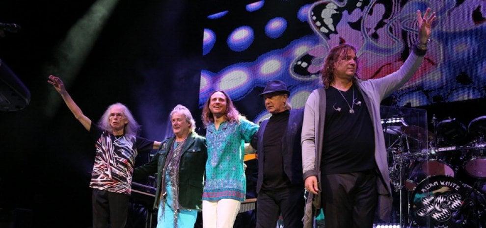"""Gli Yes tornano in Italia. Steve Howe: """"Conserviamo la memoria del passato"""""""