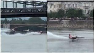 Per passare sotto il ponte l'aereo sfiora il disastro